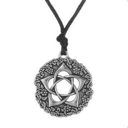 pewter pendant wholesalers Australia - L11 Star Rose Pentacle of the Goddess Pentagram Wiccan Jewelry Pewter Pendant Necklace