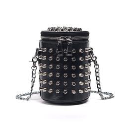 $enCountryForm.capitalKeyWord Australia - Retro European Style Fashion Handbags 2019 High-quality Pu Leather Women Bag Punk Rivet Bucket Shoulder Bag Chain Messenger Bag