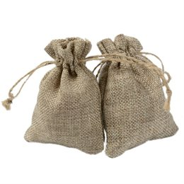 Easter Gift Bags Australia - 7x9cm Solid Natural Burlap Gifts Bags For Wedding Party Favors Jewelry Pouches Jute Drawstring Customized Bags For Soap Cookies Packagins