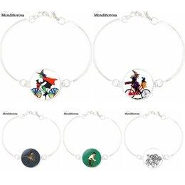 $enCountryForm.capitalKeyWord Australia - Handmade Glass Long Bracelet Bangle Jewelry Good Condition For Women Girls Three Witch is Riding Bicycle
