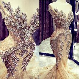 Venta al por mayor de Champán vestidos de boda de la sirena de lujo barrido granos del cristal de encaje con lentejuelas tren vestido de novia El cuadro verdadero Vestidos de novia Sheer manga casquillo