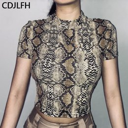 animal print wholesale t shirt Canada - CDJLFH New Vogue Snake Print Women Crop Top Harajuku Animal Graphic Women Tshirt Sexy 90s Aesthetic T Shirt Femme Tumblr