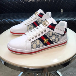 $enCountryForm.capitalKeyWord NZ - 2020 Italy Mens designer luxury shoes Casual Shoes white women sneakers good embroidery bee cock tiger dog fruit on the side with OG box