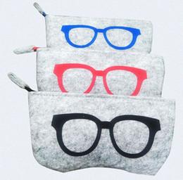 Free clip sunglasses online shopping - Blanket Sunglasses Cases Eyeglasses Bag color Cute Weird Goggles Clip Key Hanging Handbag Ornament Accessories Portable