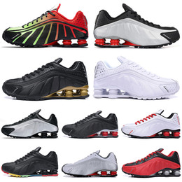 Black Gold Australia - New Designer Shox R4 Challenge Red Running Shoes Men Triple White Black Gold Athletic mens Trainer Tennis Sports Sneakers runner size 40-45