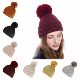 $enCountryForm.capitalKeyWord Australia - Women Pompon Beanie Hat Winter Warm Detachable Fur Ball Knitted Cap Outdoor Knit Crochet Skull Ski Cap Party Hats TTA1533