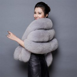 Wholesale New Women Wedding Shawl Evening Party Dress Wrap Fur Shoulder Capes Bridal Jacket Coat Faux Fox Fur Slim Lady Fake Cloak