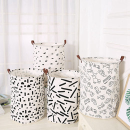 Clothes baskets storage online shopping - Printed Storage Bags Children s Room Toy Organization Home Leather Handle Canvas Storage Scorpion Dirty Clothes Basket HHA598
