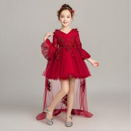 $enCountryForm.capitalKeyWord Australia - 2019 New Elegant Trailing Red Lace Flower Girl Dresses For Wedding Birthday Party Princess Tulle Ball Gown for Formal First Communion Dress