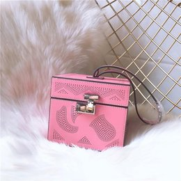 Hollow pHone cases online shopping - Elegant2019 Design Case Lovely Hand Carry Portable Lock Catch Small Square Package