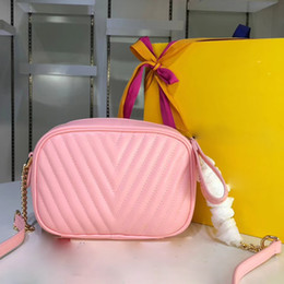 $enCountryForm.capitalKeyWord Australia - 2019 new camera bag, Shoulder or crossbody bag Calfskin crossbody bag Chain shoulder strap bag Designer handbag