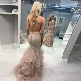 $enCountryForm.capitalKeyWord NZ - Sexy Long Prom Dress Crisscross Back Champagne Gold Appliques Robe De Soiree Tiered Tulle Skirt Full Length Women Formal Prom Party Dress