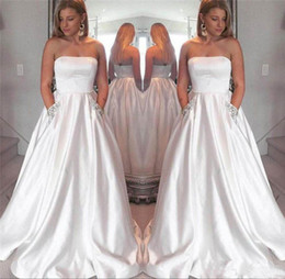 Strapless Satin Wedding Dresses Bridal Australia - Simple White Satin Strapless Plus Size Wedding Dresses 2019 with Beaded Pockets Sweep Train Bridal Gown