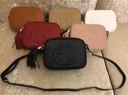 Mujeres de lujo de la pu bolsos de cuero de marca diseñador monedero borla bolsos crossbody de calidad superior bolsa de mensajero suave bolsa de discoteca soho en venta