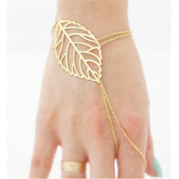 Hollow Fingers Australia - Pulseira Masculina Pulseras Mujer Bangles Hollow Leaves Bracelet Bangels With Finger Ring Slave Chain Hand Harness For Women