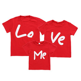 $enCountryForm.capitalKeyWord Australia - Kids T-shirts Mother's Father's Tees Summer Short Sleeve Solid Color Love Me Printed T-shirt Kids Tees Baby Clothes Q429