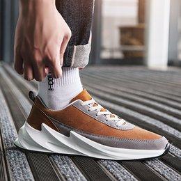 1Casual Scarpe Uomo Moda Sneakers Primavera Autunno Traspirante Designer Scarpe uomo Zapatillas Hombre Tenis Masculino Chaussure Homme in Offerta