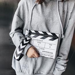 $enCountryForm.capitalKeyWord NZ - Fashion Black White Movie Prop Design Crossbody Messener Bag Women Pu Leather Shoulder Bags Casual Clutch Purse Envelope Bag New