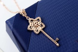 Key Tungsten Australia - LADY flower rose gold key design necklace soft beauty, open the romantic elegance between the neck