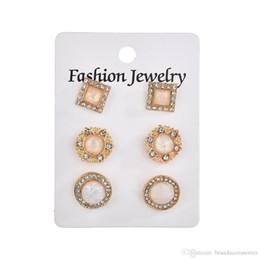 3ba22cfb48d4 Moda para mujer del partido Opal Stud pendientes redondos de oro rosa  Eardrop tachonado diamante alrededor de pendientes de gota joyería del  regalo de boda ...