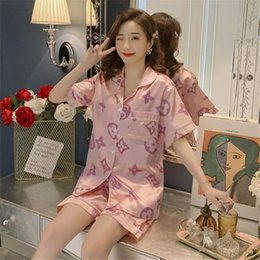 Wholesale Classic Print Women's Ice Silk Pajamas Summer Short Sleeve Thin Sleepwear Sexy Lovely Plus Size Nightgown Home Clothes Two Piece Sets