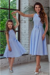 Plaid Bow Dress NZ - 4 Sizes Mother and Daughter's Parent-Child Dress Round Neck Sleeveless Plaid Bow Beach Holiday Short Skirt YY0023