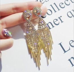 $enCountryForm.capitalKeyWord Australia - European and American fashion exaggerated full of tassel earrings female temperament ladies long earrings net red