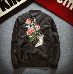 japanese styled jackets Canada - Fashion-Bomber Jacket Japanese Style High Street Fashion Retro Badge Jacket Men Autumn Tide Brand Casual Men's Rose Embroidery Jacket #A-65
