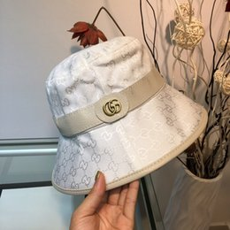 $enCountryForm.capitalKeyWord Australia - 19ss New Fashion Hats For Women Exquisite And Perfect Quality Caps Wide Brim Hat Suit For All Seasons With Box