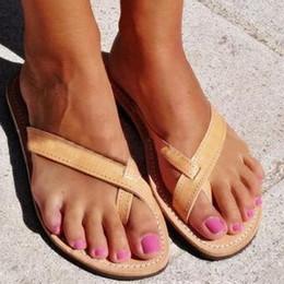 $enCountryForm.capitalKeyWord Australia - Woman flat shoes beach slippers summer ladies flip flops casual open toe roman sandals sexy clip toe female slides large size
