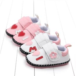 Wholesale Flower baby shoes baby girl shoes infant shoes casual pu leather princess Newborn Shoe Moccasins Soft First Walking Shoe year A6446