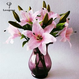 $enCountryForm.capitalKeyWord Australia - wholesale Artificial Flowers White Lily Branch Wedding Bouquets for Bridesmaids Party Bridal Prom Decoration Accessories