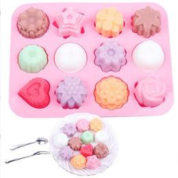 Savon de bricolage savon moule 12 - fleur fleur et gel de silice moule à gâteau pouding moules à gelée savon à la main savon savon au chocolat moule en Solde