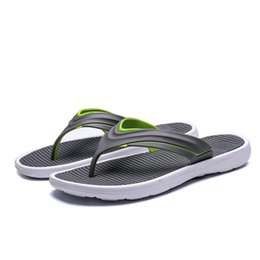$enCountryForm.capitalKeyWord Australia - Men Beach Flip Flops 2019 Summer Flat Shoes Comfortable Slip-on Male Fashion Sandals Non-slip Sole Mens Casual Slippers Sh022807 MX190819