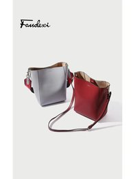Phone broadband online shopping - Designer Broadband Messenger shoulder bag female bags detachable double new fashion High tide small leather bucket bag ck