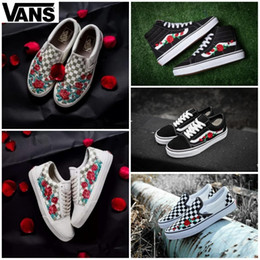 18b38b3879ff3b 2019 VANS X AMAC Customs Women Men Skateboarding Shoes Rose Embroidery  Sports Old Skool Skate Womens Canvas zapatillas de deporte Sneakers