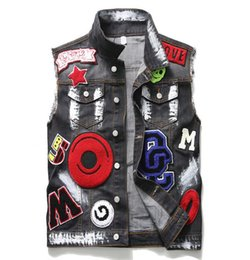 $enCountryForm.capitalKeyWord NZ - Mens Punk Rock Embroidery Vest Motorcycle Club Male Denim Biker Vest Eagle Patch Painted Multi Badges Sleeveless Jackets