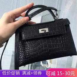 $enCountryForm.capitalKeyWord Australia - Belle2019 Leather Genuine Crocodile Grain Bibasic Kylie Package Woman Mini- Packet Single Shoulder Messenger Handbag