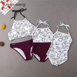 $enCountryForm.capitalKeyWord UK - Mother And Daughter Swimsuit 2019 Clothes Mommy & Kid Girl Leaves Printed Bikini Set Family Matching Outfits C0304