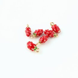 fruit bracelets UK - 3pcs Enamel Cubic Strawberry Charms fit for Necklace Bracelets Earrings DIY Making Accessories Handmade Enamel Fruit Charms