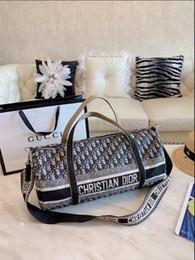 $enCountryForm.capitalKeyWord Canada - Classic Flap bag women's Plaid Chain bag Ladies badge Handbag Fashion designer purse Shoulder Messenger bags High quality purse wallets B010