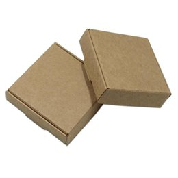 brown paper gifts UK - 50Pcs Brown Kraft Paper Gifts Packaging Boxes Wedding DIY Favors Candy Packing Boxes for Birthday Party Supplies Handmade Soap