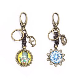 vintage hamsa pendant Canada - Vintage Hamsa Hand Sunflower Pendant Keychains for Women Car Purse Handbags Accessories Leather Chain Clip Hook Key Ring
