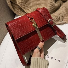 Ladies Fringed Handbags Australia - Vintage Fashion Lady Square Bag 2019 New Quality Pu Leather Crocodile Pattern Women's Handbag Fringed Shoulder Messenger Bags