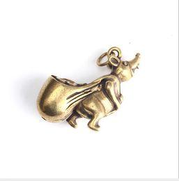 ESTATUA DE COBRE El bolsillo de latón cuenta el dinero Los ratones del zodiaco atraen la rata de dinero para tallar piezas en miniatura de bronce de artículos antiguos de bronce en venta
