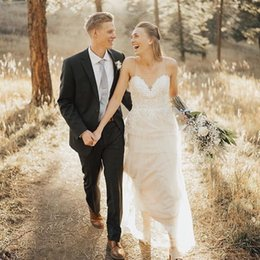 $enCountryForm.capitalKeyWord NZ - Lace Beach Wedding Dresses 2019 Spaghetti Straps Ivory Tired Tulle Country Style Bridal Gowns Appliques Custom Made Lace Up Back