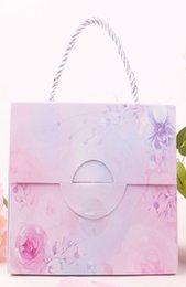 Ingrosso 2019 Nuova vendita calda Creatività Scatola di caramelle di carta per matrimonio a forma di borsa in stile europeo Scatola di cottura per biscotti al cioccolato