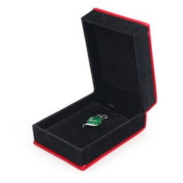 $enCountryForm.capitalKeyWord Australia - Luxury Flannel Simple Red Jewelry Box Ring Holiday Gift Pendant Bracelet Necklace Packaging Jewelry Box Spot Wholesale