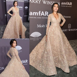 Cheap training jaCkets online shopping - 2020 Champagne Lace Formal Evening Dresses Sexy Deep V Neck Long Sleeves Plus Size Sweep Train Red Carpet Prom Party Gowns Cheap