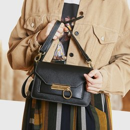 $enCountryForm.capitalKeyWord Australia - Happy2019 Women's Bag Singles Shoulder Woman Baotou Layer Cowhide Oblique Satchel Genuine Leather Packet Joker 3018